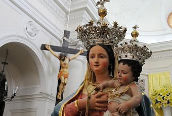 Domani a montepertuso si festeggia santa maria delle for Quando si festeggia santa ilaria