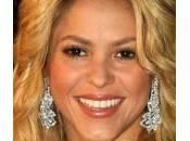 Shakira: copia trucco minuti