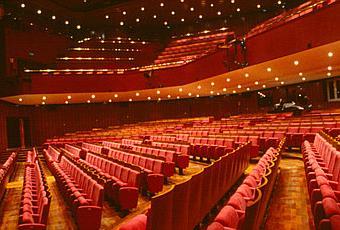 Piccolo Teatro Di Milano Rischio Di Chiusura Se Paperblog