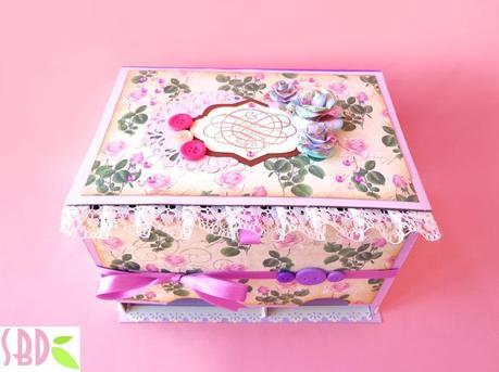 Scrapbooking scatola porta assorbenti panty holder box for Porta assorbenti