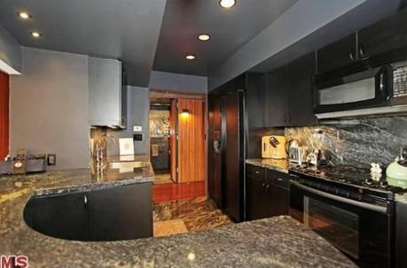 Case vip scarlett johansson vende l 39 appartamento di for Interni case vip