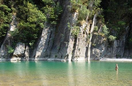 http://m2.paperblog.com/i/188/1887080/spiagge-di-fiume-il-trend-dellestate-2013-int-L-TGLiDx.jpeg