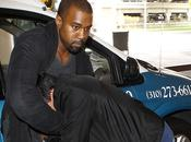 Kanye West aggredisce altro paparazzo Ecco pazzo video!
