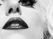 "Nuove Info ""Born This Way"""