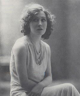 Marta Abba: un'attrice allo specchio