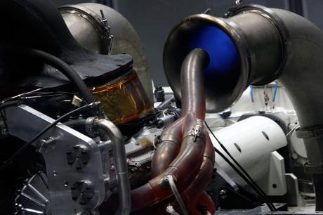 Mercedes_motore_2014_F1 (1)