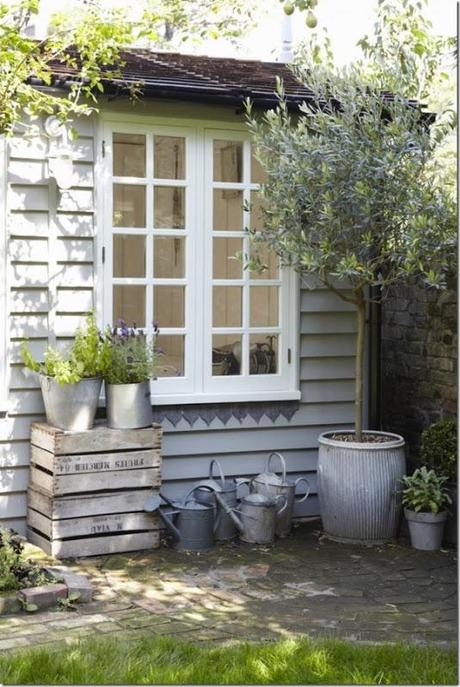Piccoli spazi casa estiva in giardino paperblog for Case francesi arredamento