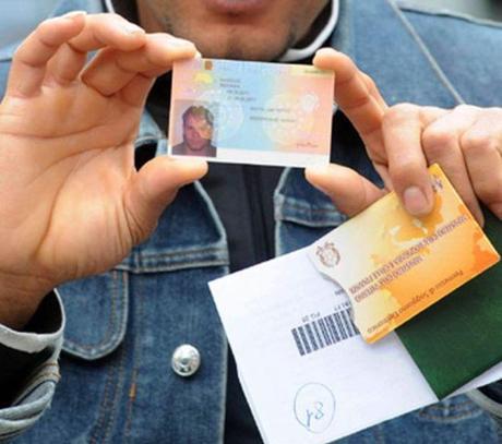 Come richiedere il duplicato della carta o del permesso di soggiorno ...