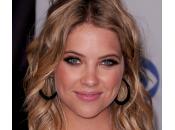 Ashley Benson: Ricopia look facili passaggi