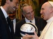 Partita onore Pontefice. Italia-Argentina Vaticano: Papa Francesco tifare