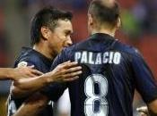 Inter-Genoa, Alvarez meraviglioso, Cambiasso sottotono. pagelle nerazzurri.