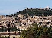Assisi, poca spiritualità molta bellezza
