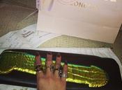 Vivienne Westwood dedica borsa Rihanna: pene lusso #cockclutch