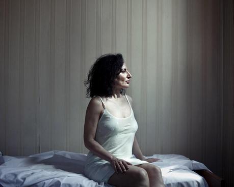 Eleonora Agostini - Holes
