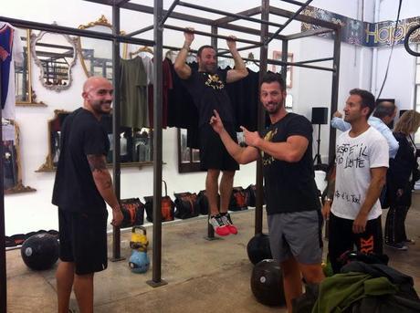 Happinessisa$10Tee & Fabrizio Iacorossi per una sessione di #CrossFit !