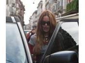 Nina Moric, prima uscita dopo l'incidente: shopping marito figlio