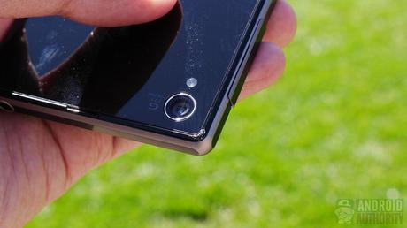 sony xperia z1 black drop test aa 4 Drop test anche per il Sony Xperia Z1... Ce la farà?