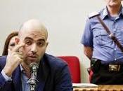 Roberto Saviano testimone imputato. Anche questa l'Italia Silvio