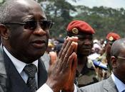 Gbagbo, presidente uscente della costa d'avorio, accusa mondo cospirare contro entrare vincente. vicina guerra civile