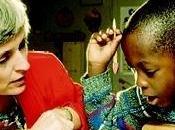 Indovinelli assicurare l'istruzione bambini meno fortunati
