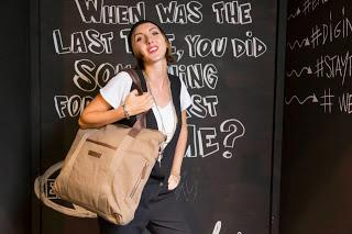 Nené Cherie goes to Eastpak