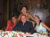 "Bonev: storia Pascale Berlusconi messaiscena, lesbica"""