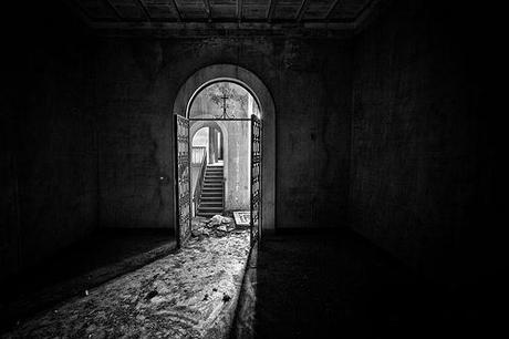 Si pu fare una bella foto ad una porta assolutamente s - Entrare in una porta ...