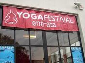 yoga, mondo concreto nebbie Avalon