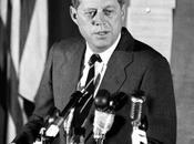 Clamoroso! John Fitzgerald Kennedy avrebbe sofferto Morbo Schmidt? Sarebbe sopravvissuto soltanto altro anno?
