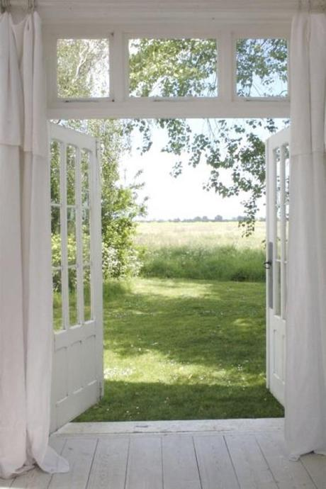Una residenza nel kent in puro stile shabby chic paperblog for Back door with window that opens