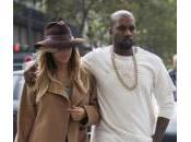 Kardashian cambierà cognome dopo matrimonio Kanye West