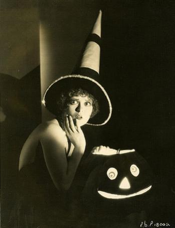 clara bow www_halloweenforum_com