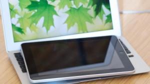 Domani mattina sarà in vendita anche in Italia il nuovo iPad Air di Apple. Si prevedono già code davanti agli Apple Store, con l'incognita delle scorte.