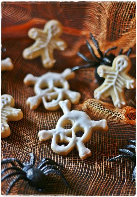 Skull skeleton cookies4