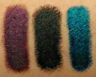 RIMMEL LONDON - SCANDALEYES EYESHADOW STICK nelle colorazioni Paranoid Purple, Blackmail e Blamed Blue