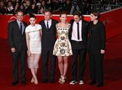 Scarlett Johansson Joaquin Phoenix carpet Roma 2013