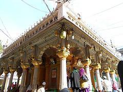 Nizamuddin Dargah, Delhi