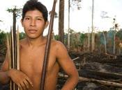 Sebastião Salgado Vanity Fair insieme tribù minacciata mondo