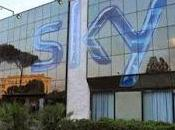 vuole spostare parte delle attività broadcasting Roma Milano, rischio posti lavoro