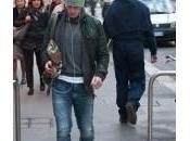 Massimo Ambrosini passeggia Montenapoleone (foto)