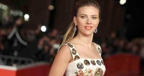 Scarlett Johansson in Dolce & Gabbana al festival di Roma