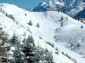 Sciare Passo Tonale Sulla pista nera Paradiso sulla direttissima Presena-Tonale-Pontedilegno