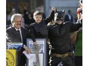 Bimbo anni malato leucemia diventa Batman giorno (foto)