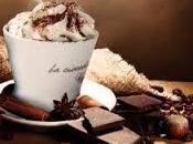 Cioccolata calda deliziosa panna