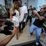 Kim Kardashian e Kanye West, shopping a Miami il giorno del black friday07