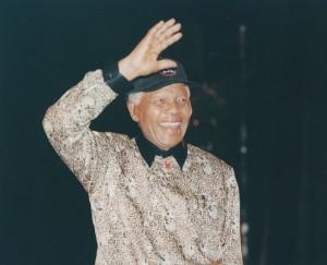 È morto a 95 anni l'ex presidente del Sudafrica Nelson Mandela. Lo ha annunciato il presidente Zuma.