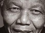 Addio Nelson Mandela, simbolo della lotta razzismo