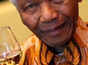 saluto marziano Nelson Mandela