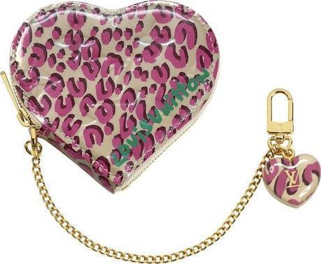 Monogram-Vernis-Leopard-Heart-Coin-Purse-Blanc-Corail