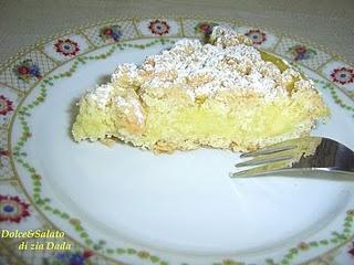 Torta sbriciolata con crema al limone